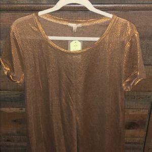 Gold t shirt